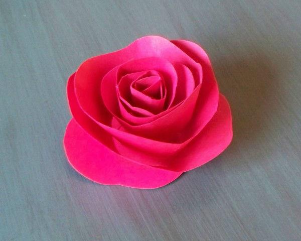 Rosa de papel simples de fazer for Rosas de papel